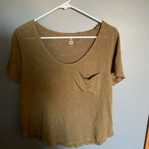 Adorable cropped distressed tee